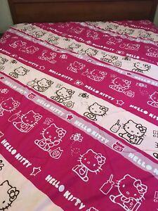 Hello Kitty Twin/Full Comforter