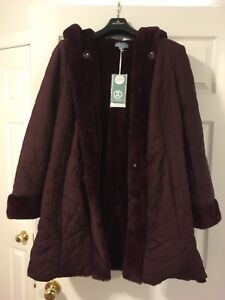 New Women's fall/winter jacket size M/L