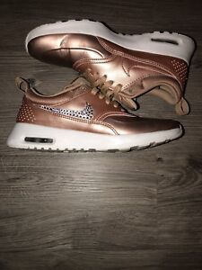 Nike Thea in Rose Gold encrusted with genuine Swarovski Crystals (shoes are  from diamond kicks) br  Women s size 6 excellent condition worn handful of  ... 592c1ea296