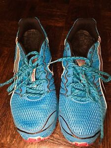 Size 10 Puma Running Shoes