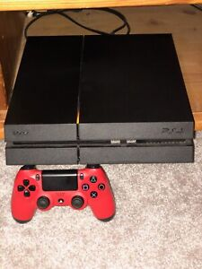 PS4 (MINT CONDITION) 2 Controllers, Games(List in desc)