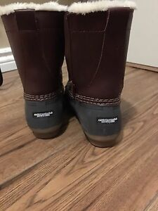 American Eagle winter Boots