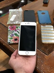UNLOCKED - iPhone 6s 64GB (Gold Colour)