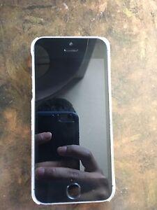 Unlocked mint IPhone 5s