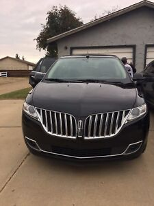 2014 LINCOLN MKX LOW KMS!! OBO