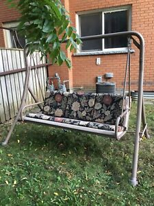 Lawn Swing.   3 seater.
