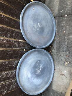 Pots under trays(pair)