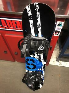 Snowboard and size 4 Firefly boots