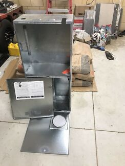 Gas/electric meter box