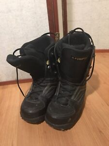 Firefly, size 8 men's snowboarding boots