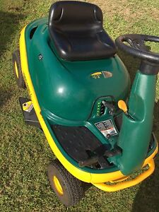 Ride on lawn mower 9HP Bossley Park Fairfield Area Preview