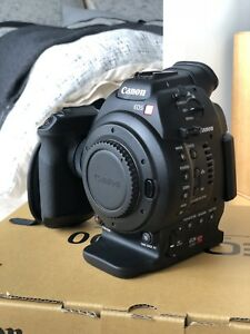 Canon EOS C100 DAF Cinema Camera + Zacuto Z-Finder Pro