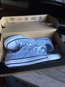Women's Size 6.5 Converse (new in box)