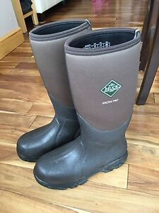 Muck Boots | Buy &amp Sell Items Tickets or Tech in Saskatchewan