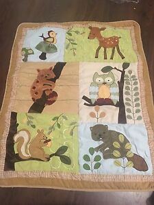 Lambs and Ivy 5 piece bedding set with Matching Lamp and Mobile