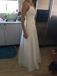 Wedding dress size 8 and veil brand new with tags Willmot Blacktown Area Preview