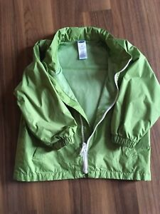 4t old navy rain jacket, brand new without tags