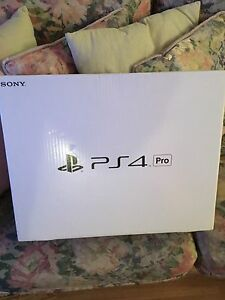 PS4 PRO LIKE NEW CONDITION 6 GAMES INCLUDED SUPER DEAL !!