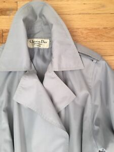 Perfect Chrisian Dior vintage trench coat