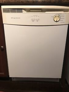 Frididaire built in dishwasher