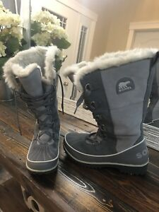 New Sorel Women's Size 7 Boots