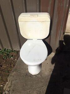 Basic toilet Whalan Blacktown Area Preview