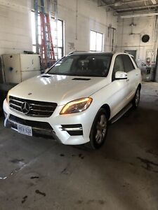 Original Owner Lady Driven Mercedes ML350!