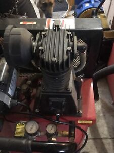 30 gallon Snap on air compressor