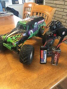 Traxxas Grave Digger RC Truck