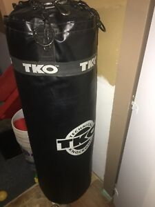 Punching bag 70lbs