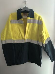 Bisley reflective yellow hi vis men's safety wear jacket size L Docklands Melbourne City Preview
