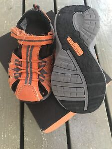 Shoes / Sandals toddler size 6