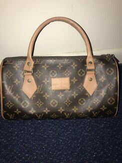 Women's Louis Vuitton bag