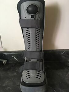 Ossur Rebound Air Walker/ Walking Cast Boot