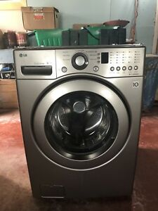 LG WM2240CS Front load washer - High capacity/Energy efficient