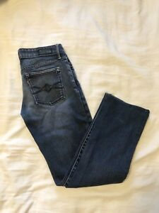 Levi cropped jeans