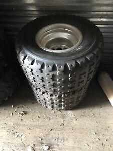 Roue/pneus maxxis 20x11-9