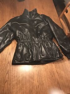 Habit de motoneige en cuir pour femme