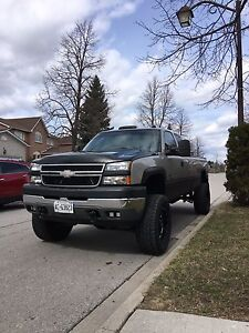 2004 Chevy Silverado 2500hd 6 speed manual