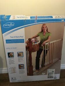 EvenFlo top-of-stair PLUS Gate