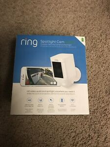 RING SPOTLIGHT OUTDOOR CAMERA/1080P/WIFI/BATTERY/WHITE/BRAND NEW