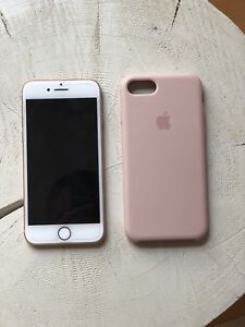 iPhone 8 Gold 64G