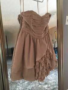 Various high fashion women's items - 6-10 - varied prices