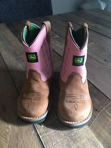 Toddler girl size 8 cowboy boots