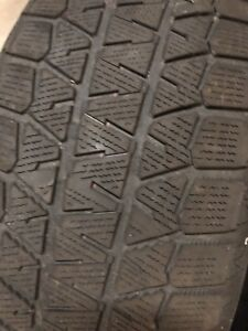 Two Winter Tires Bridgestone - 235/60/17