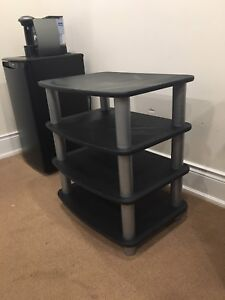 **TV STAND/CONSOLE**