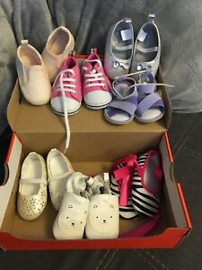 Size 3/4 baby shoes