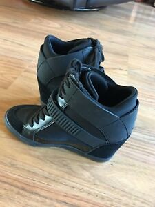 Wedge sneakers size 8