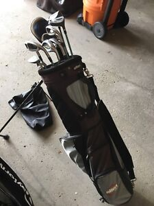 Right Handed Full set of golf clubs