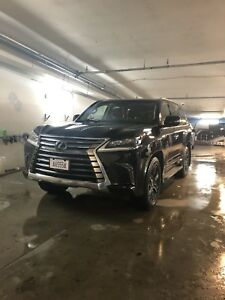2018 Lexus  LX570 Perfect Condition, TV, NAV, Winter Tires
